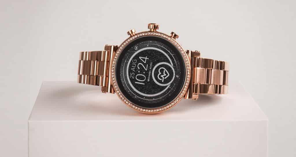 Žiarivé dámske smart hodinky Michael Kors z edície Sofie
