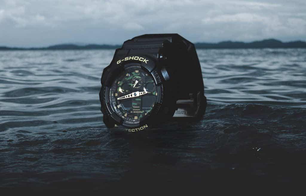 Vojenské hodinky Casio G-Shock s maskáčovým ciferníkem