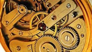 Mechanismus automatických hodinek